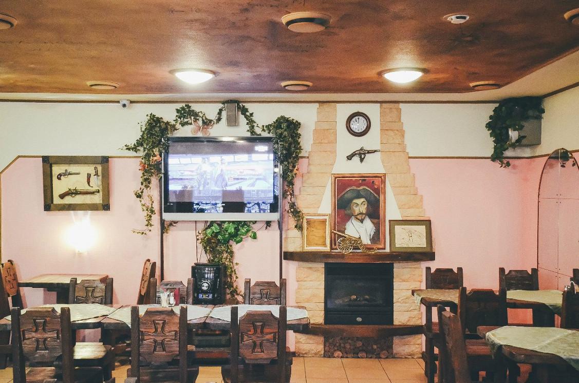 Ресторан Барон Мюнхгаузен - фотография 3