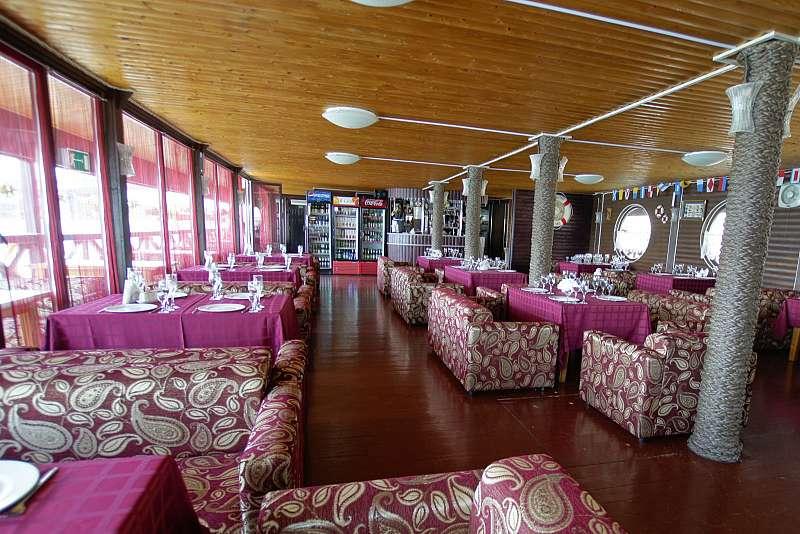 Ресторан Адмиральский причал - фотография 4