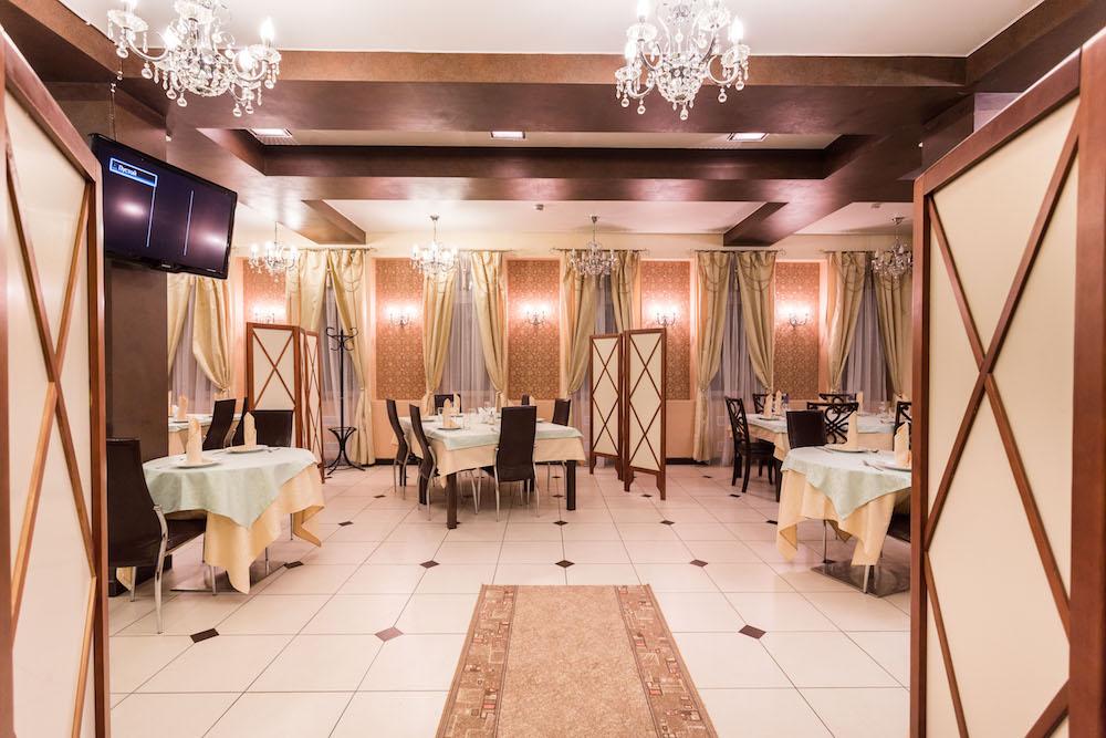 Ресторан Душа Сербии  - фотография 1 - Зал ресторана