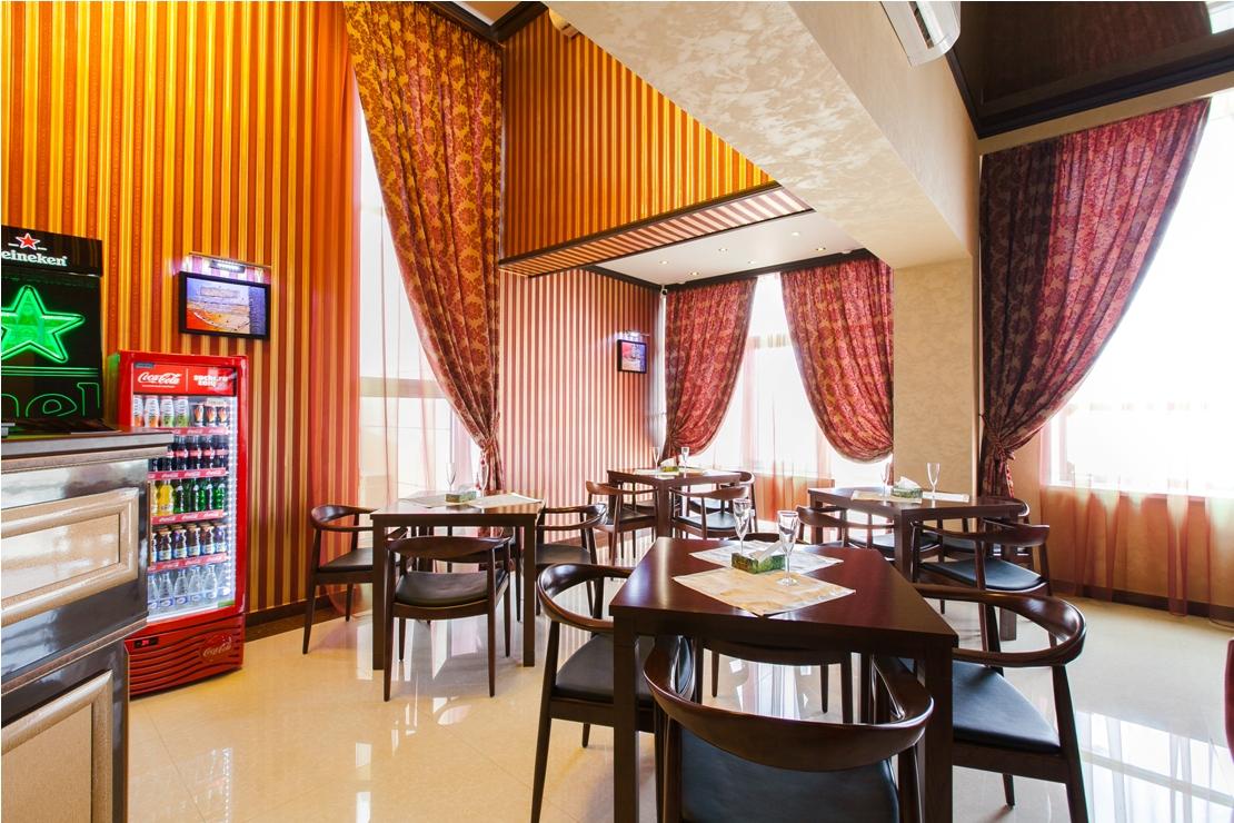 Ресторан Golden House - фотография 3