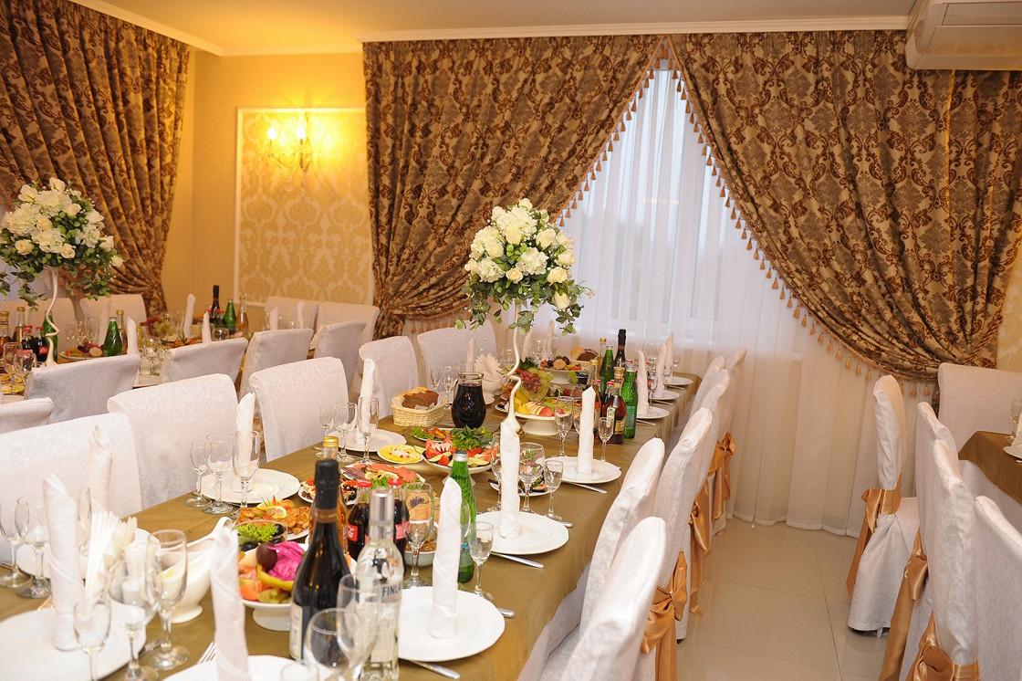 Ресторан 12 стульев - фотография 6