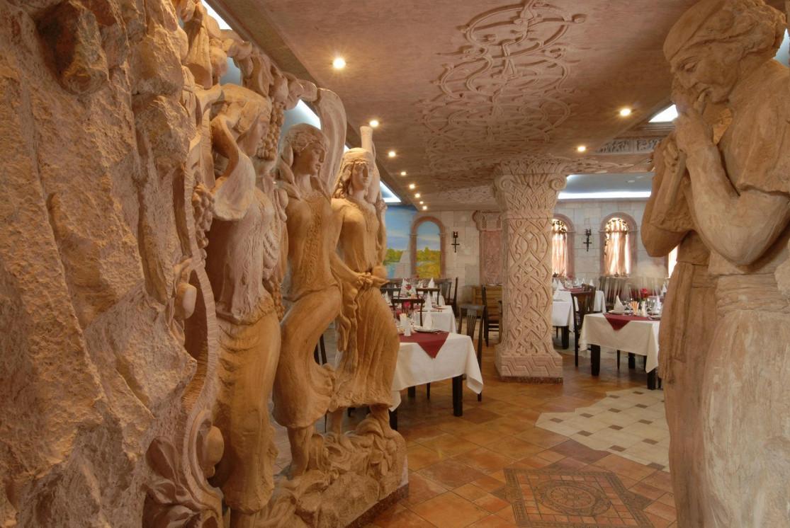 Ресторан Наири - фотография 9