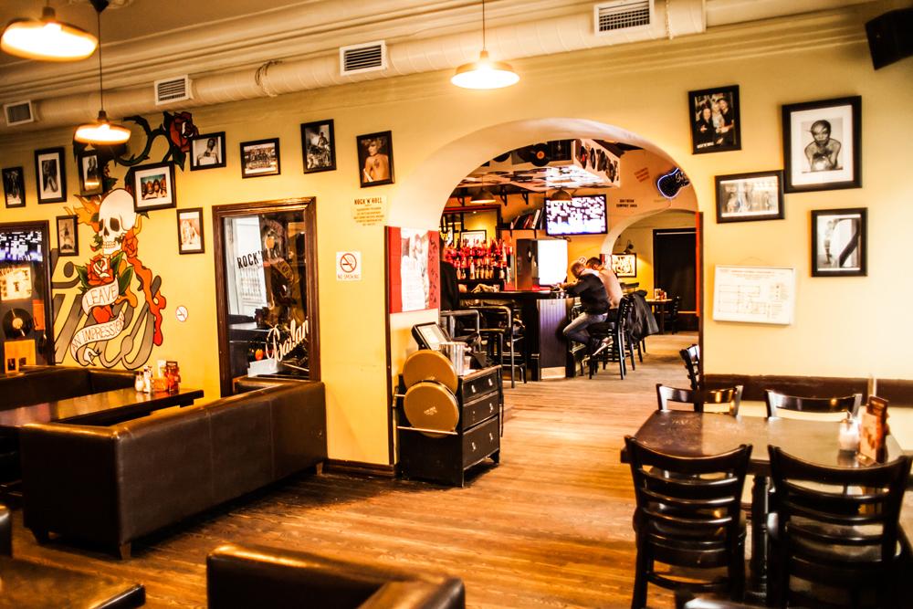 Ресторан Rock'n'Roll Bar & Café - фотография 7