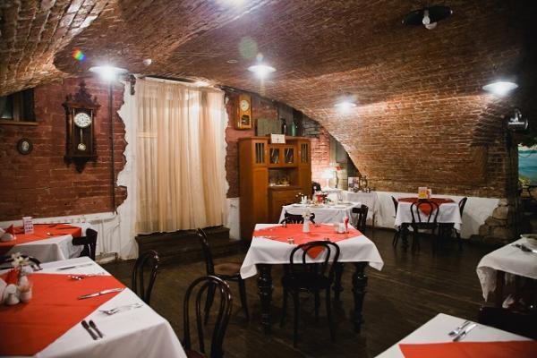 Ресторан Старая квартира - фотография 1