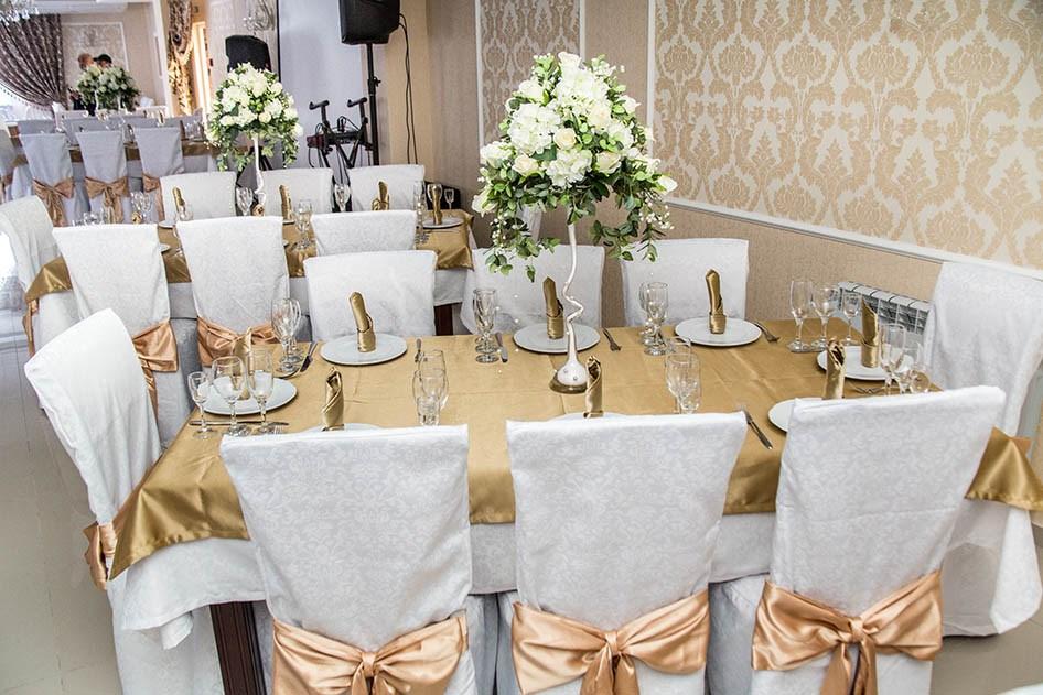 Ресторан 12 стульев - фотография 17