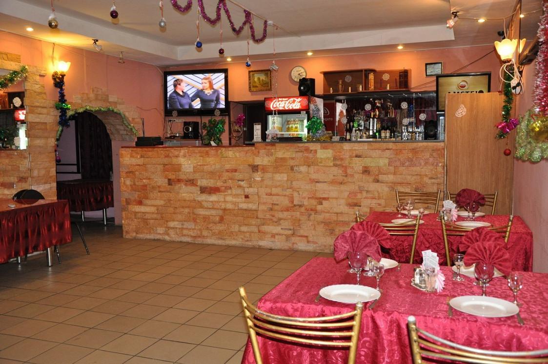 Ресторан Карина-плаза - фотография 2