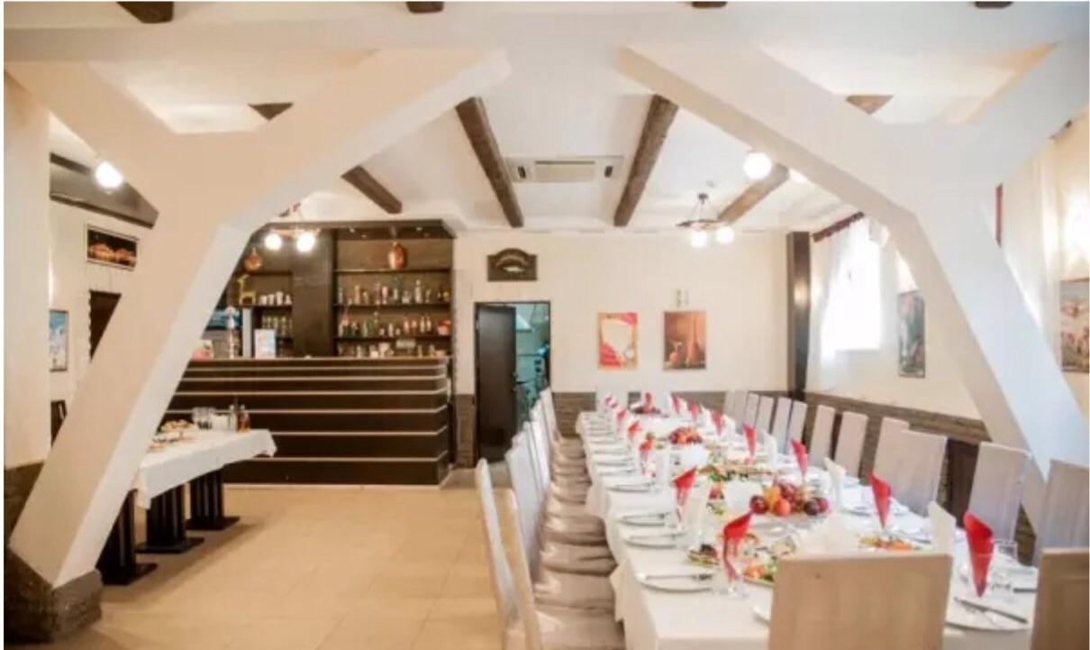 Ресторан Таверна - фотография 2