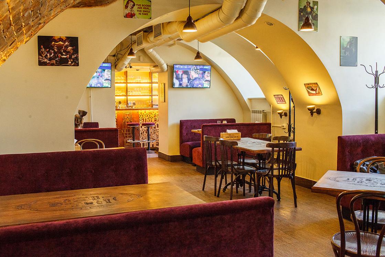 Ресторан Full House Restobar & Shop - фотография 6