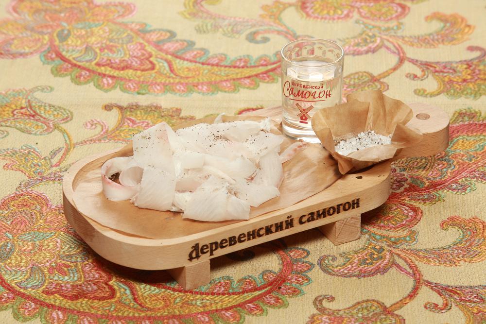 Ресторан Добрыня - фотография 16 - Строганина из Муксуна(Северная рыба).