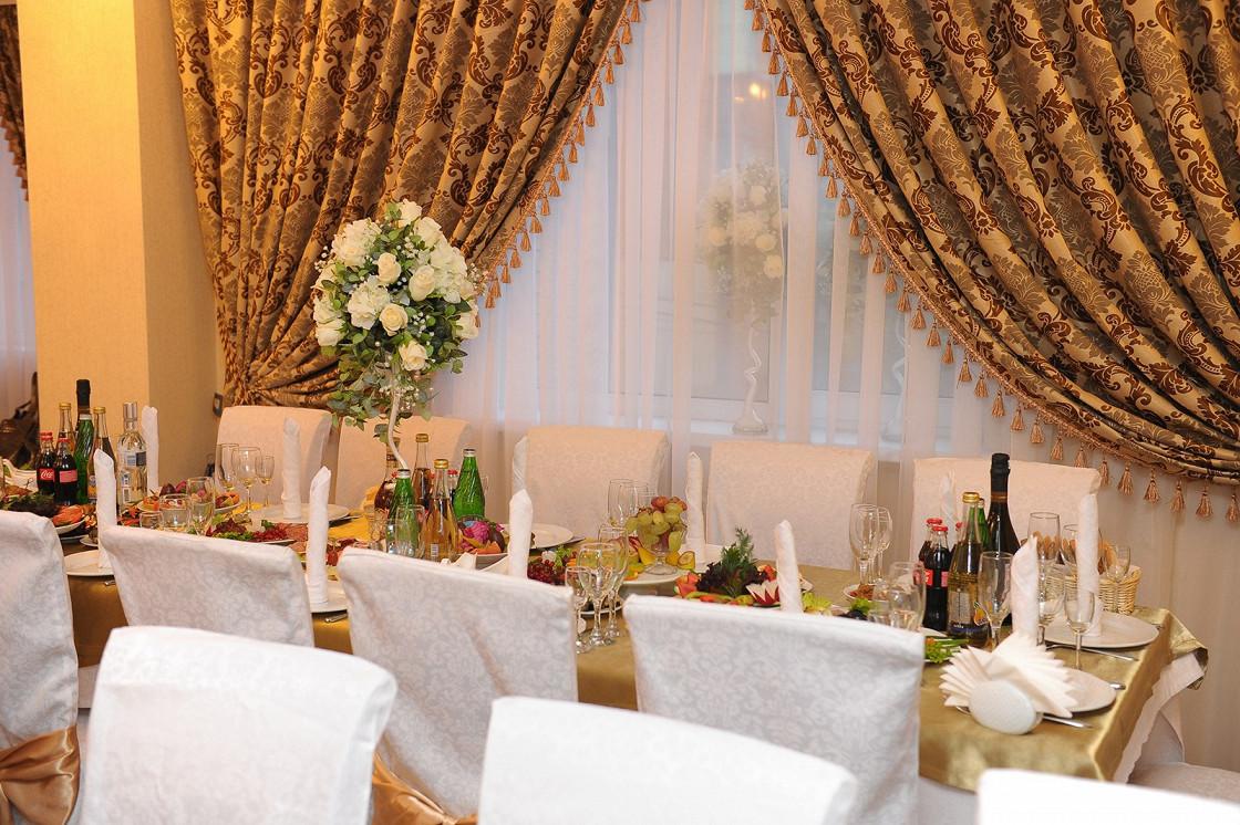 Ресторан 12 стульев - фотография 7