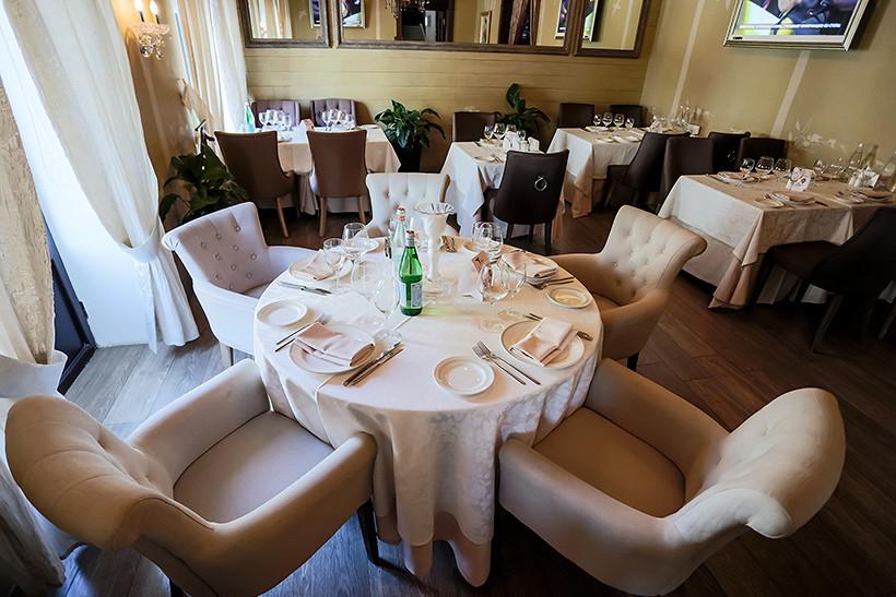 Ресторан Гюго - фотография 9 - 2 этаж