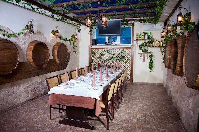 Ресторан Побратимыч - фотография 12