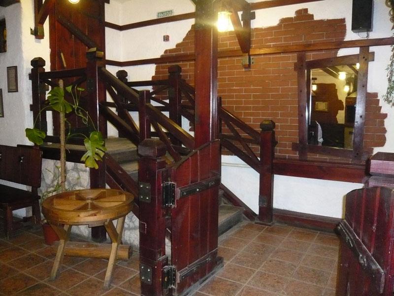 Ресторан Старая телега - фотография 2