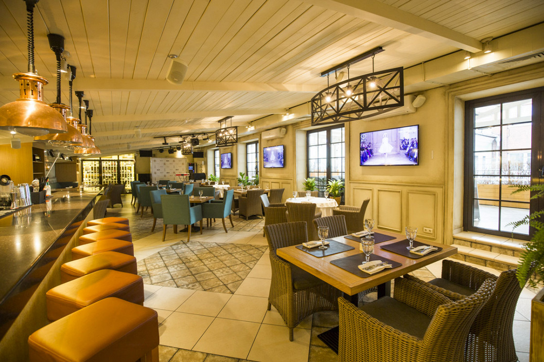 Ресторан Дубрава - фотография 8