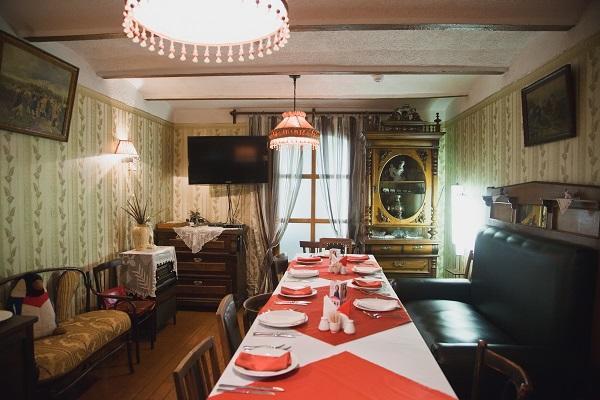Ресторан Старая квартира - фотография 3
