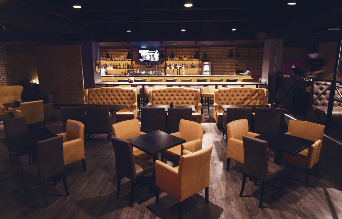 Ресторан Wheelie Pub - фотография 5 - Вид со сцены