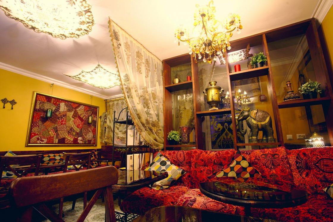 Ресторан Лаор - фотография 1 - Интерьер кафе Лаор (первый зал)