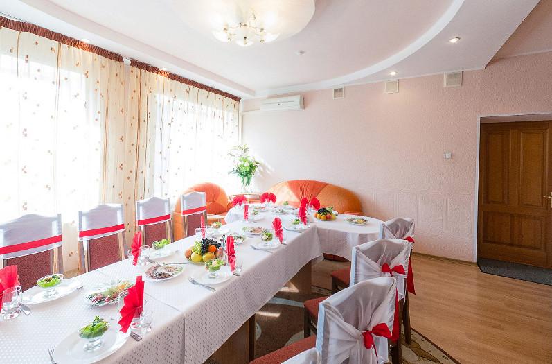 Ресторан Любава - фотография 9