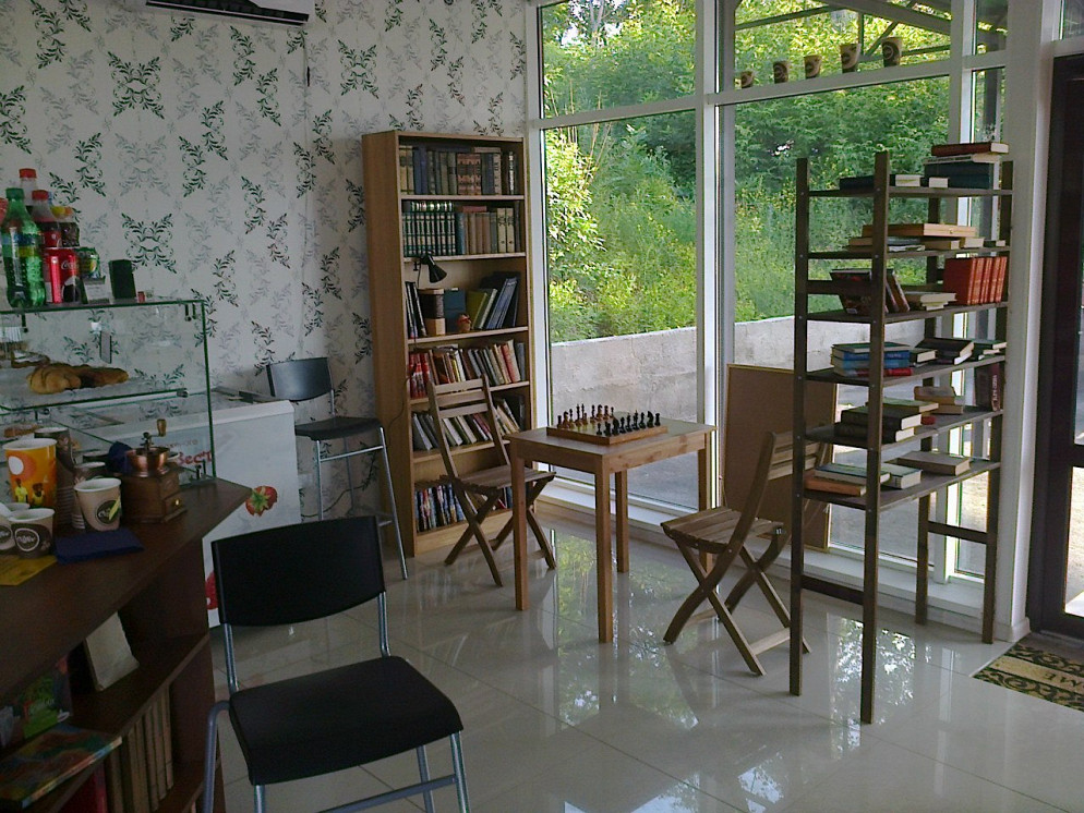 Ресторан Кофе и книги - фотография 4