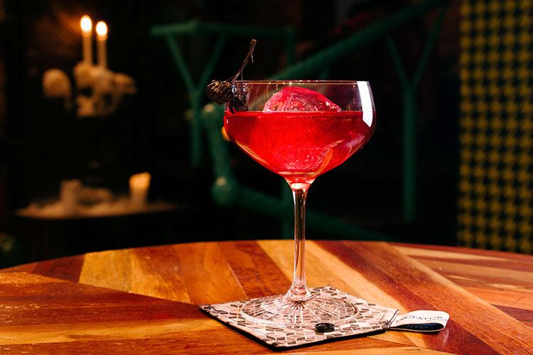 Ресторан Dictatura Estetica Bar - фотография 3