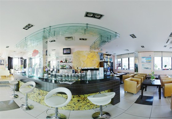 Ресторан Sasha's Bar - фотография 2
