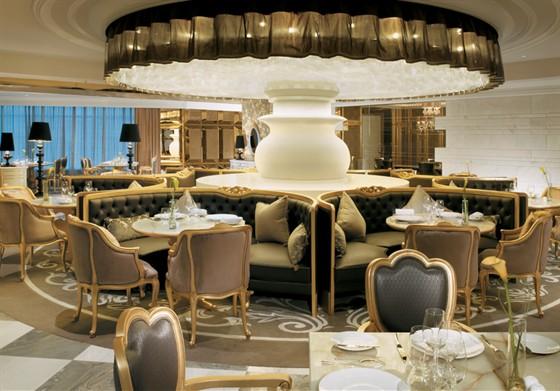 Ресторан Les Menus par Pierre Gagnaire - фотография 2
