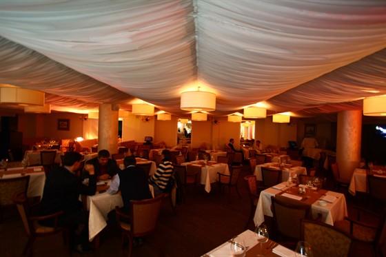 Ресторан Самовар - фотография 1
