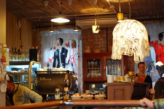 Ресторан Кафе Студии Артемия Лебедева - фотография 13