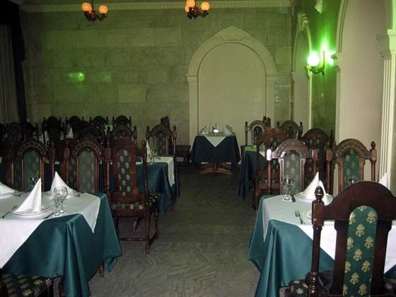 Ресторан Сардоникс - фотография 2 - Зал