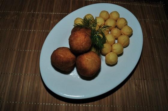 Ресторан Nota - фотография 3 - Мясные шарики с картофельными крокетами