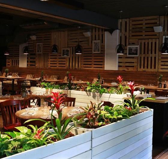 Ресторан Food & Wine - фотография 9