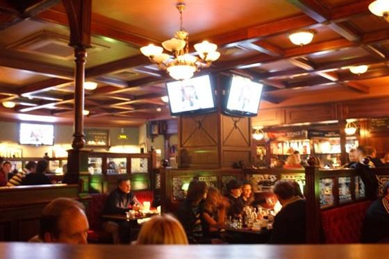 Ресторан O'Briens - фотография 1