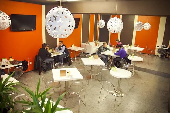 Ресторан Bloggi Bar - фотография 7