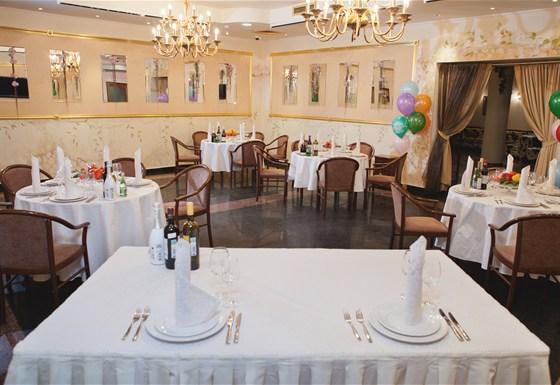 Ресторан Валимар - фотография 13 - Золотой зал