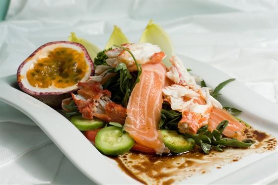 Ресторан Жажда вкуса - фотография 11 - мммммм...... обьеденье, а не салат