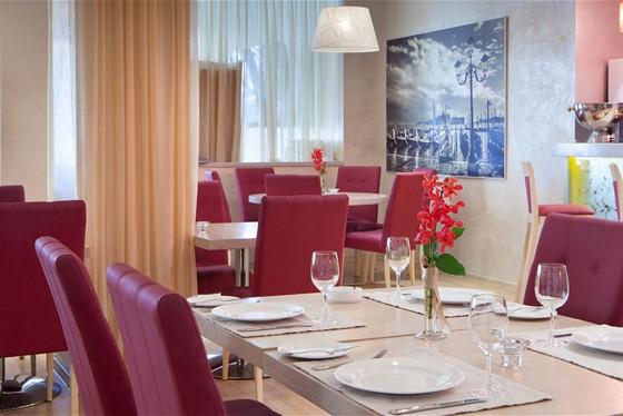 Ресторан Ардженто - фотография 10 - Кафе Ардженто Зона ресторана