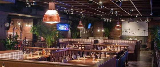 Ресторан Посадоффест - фотография 2 - Основной зал