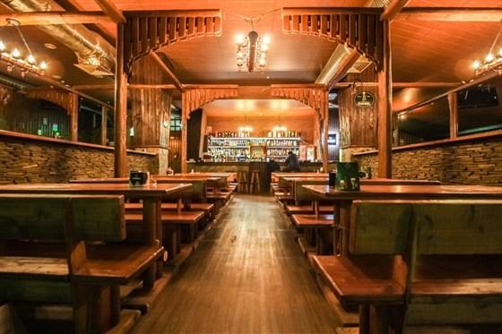 Ресторан Красный лев - фотография 1