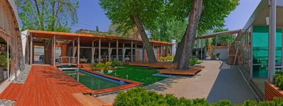 Ресторан Пирс - фотография 14 - панорама летней площадки