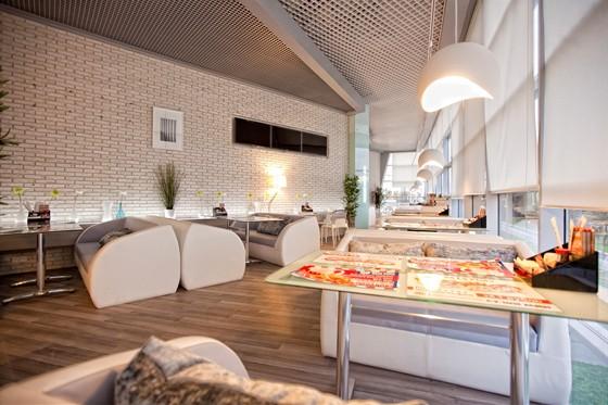 Ресторан Сушимин - фотография 3 - ТРЦ Фантастика. Новый СУШИМИН. Открыт с 23 сентября 2011 года ул. Родионова 187, 2 этаж, слева от зоны фуд корта