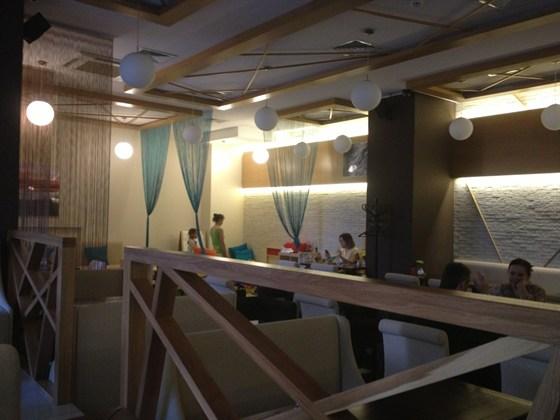 Ресторан Эссе - фотография 12 - Интерьер кафе после ремонта.