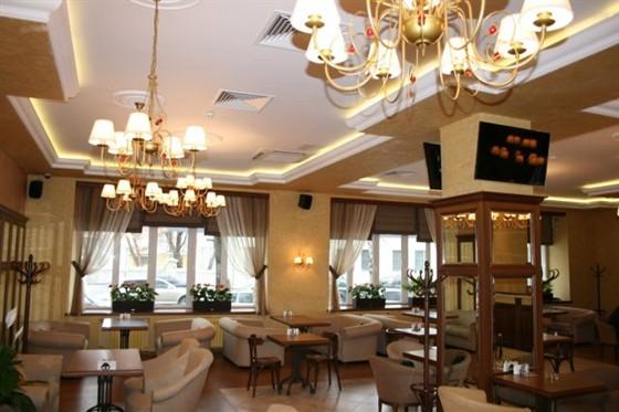 Ресторан Кофе-брейк - фотография 31 - Зал кафе