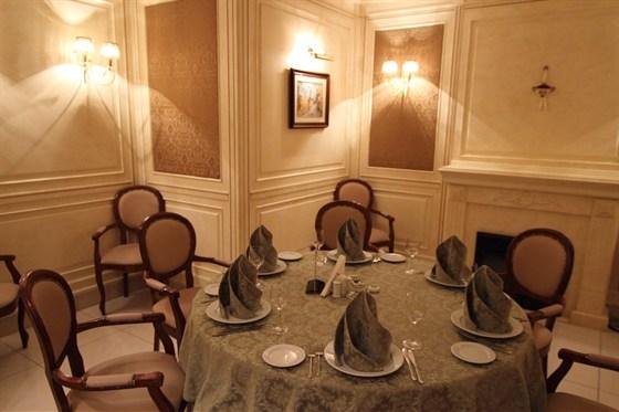 Ресторан Старая усадьба - фотография 7 - Каминный зал
