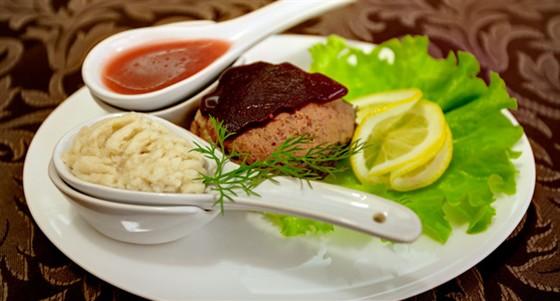 Ресторан Шагал - фотография 13 - Гифелте фиш