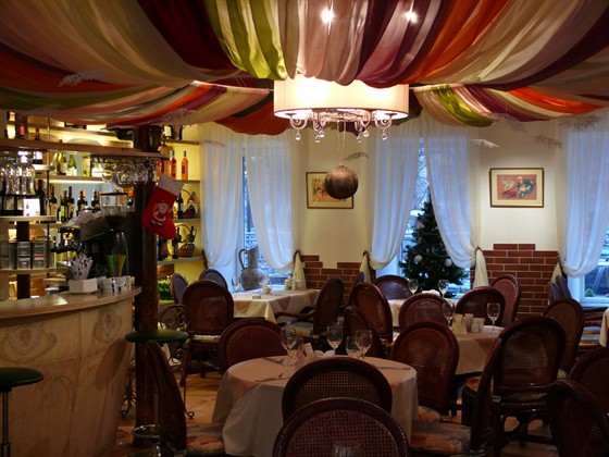 Ресторан Сулико на Патриарших - фотография 9 - Сулико на Патриарших