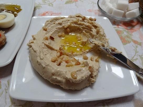 Ресторан Йона - фотография 16 - Хумус