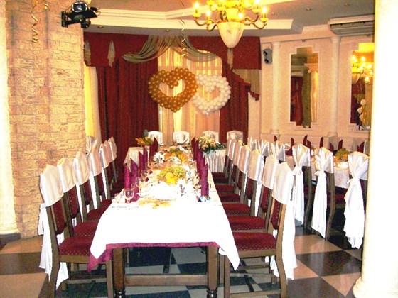 Ресторан Метрополь - фотография 13 - Средний зал ресторана Метрополь на 60 персон