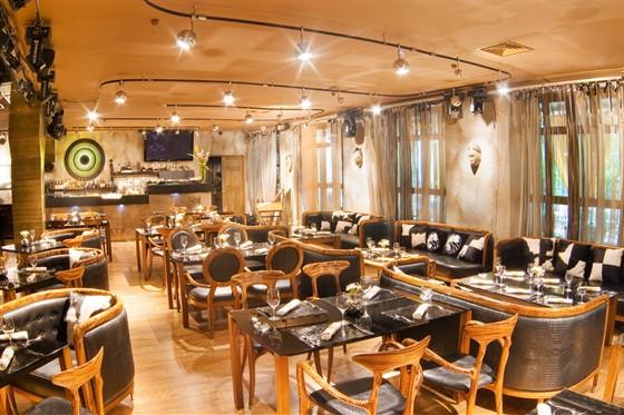 Ресторан Andreas - фотография 3 - Основной зал