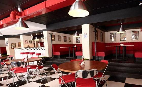 Ресторан Pizzaman - фотография 3