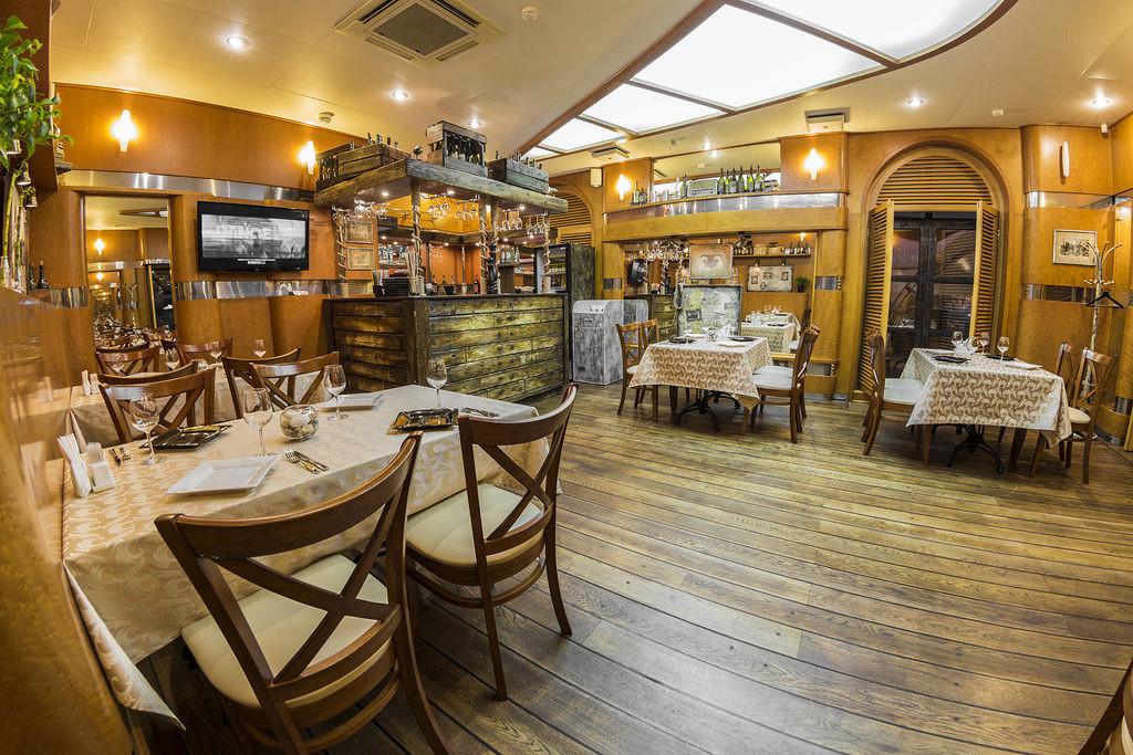 Ресторан River Club - фотография 4